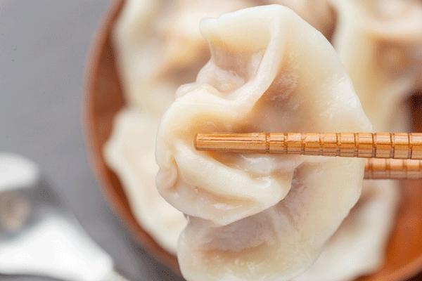 梦到吃饺子什么意思 梦见吃饺子有什么征兆
